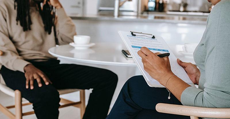 come-fare-un-intervista-per-validare-la-tua-idea-di-business